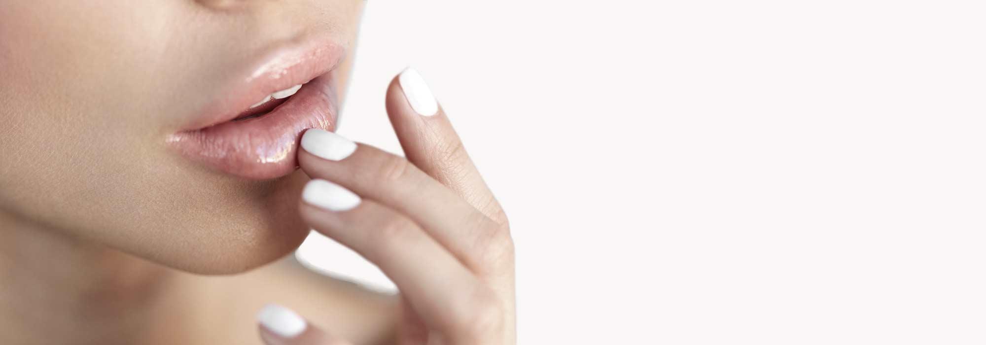 Volume des lèvres acide hyaluronique Paris Dr Claude